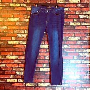 Denim - Size 14W Diverso Skinny Jeans
